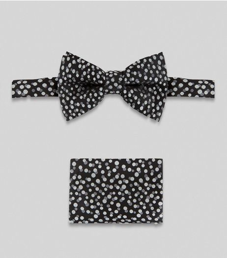 2 Pack Black Spot Print Bow Tie and Hanky | New Look
