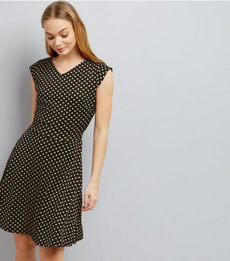 Mela Polka Dot Cap Sleeve Dress | New Look