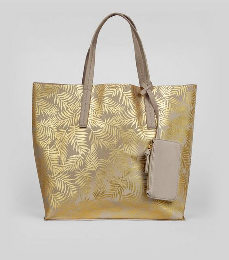 Gold Metallic Palm Print Shopper Bag | New Look