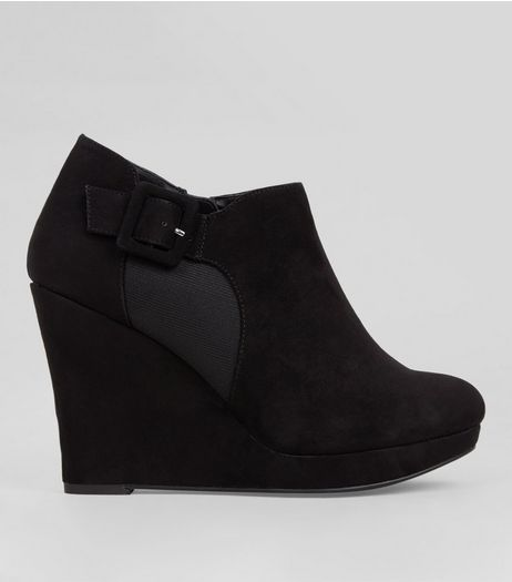 Wide Fit Black Comfort Suedette Wedge Shoe Boots | New Look