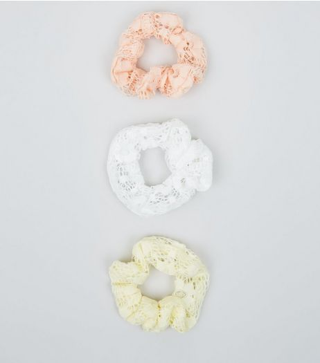 3 Pack White Yellow and Pink Lace Scrunchies | New Look
