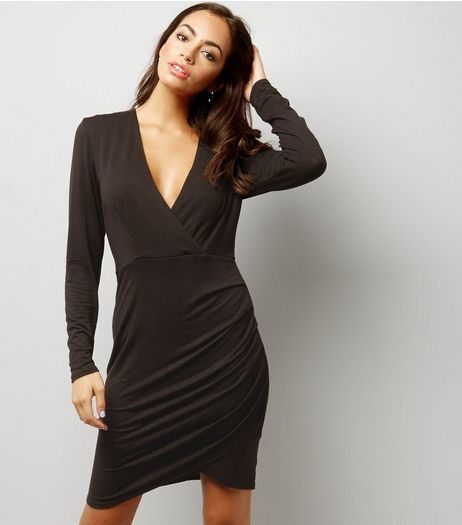 Black V Neck Ruched Wrap Front Midi Dress | New Look