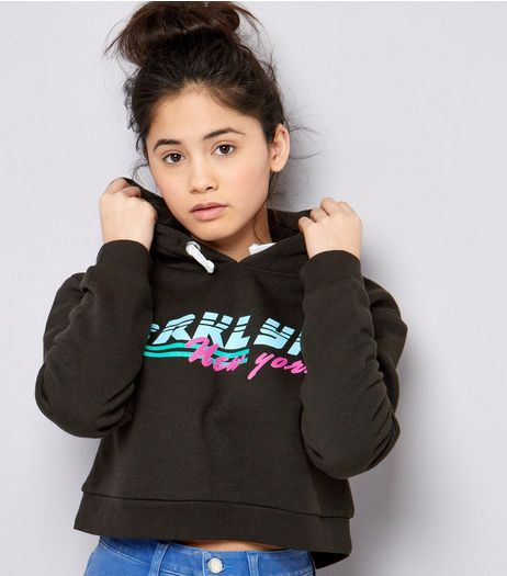 Teens Black Brooklyn Print Cropped Hoodie | New Look