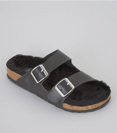 Wide Fit Black Faux Fur Footbed Sandals | New Look