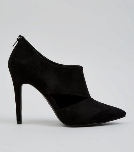Black Suedette Cut Out Pointed Shoe Boots | New Look