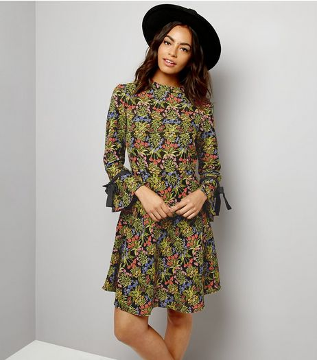 Innocence Black Floral Print Tie Sleeve Dress | New Look