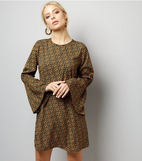Influence Green Floral Print Bell Sleeve Dress | New Look