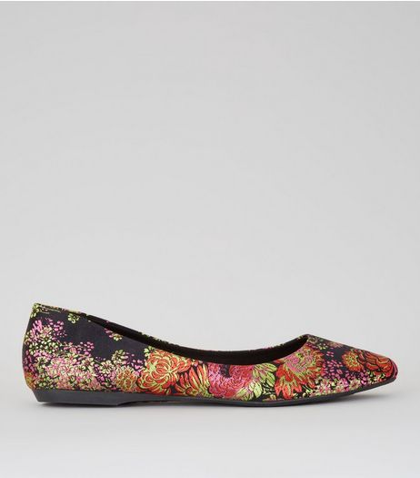 Black Floral Brocade Pumps | New Look