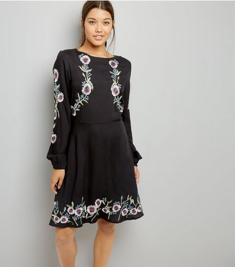 Tall Black Floral Embroidered Balloon Sleeve Dress | New Look