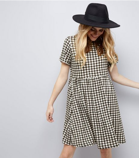 Black Gingham Check Short Sleeve Smock Dress | New Look