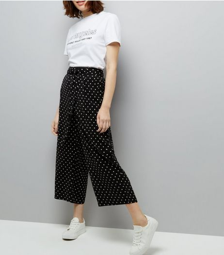 Black Spot Print Tie Waist Cropped Trousers | New Look