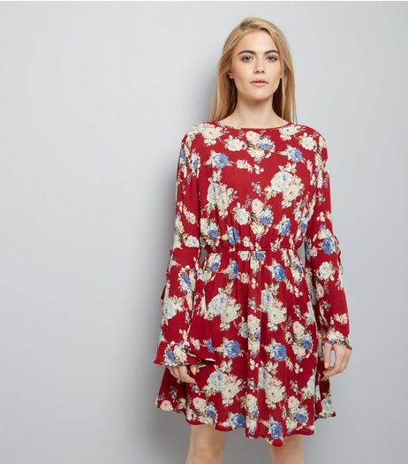 Red Floral Flare Sleeve Skater Dress | New Look