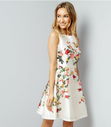 White Floral Sleevless Prom Dress | New Look