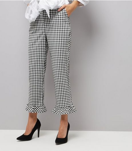 Black Gingham Frill Hem Slim Leg Cropped Trousers | New Look
