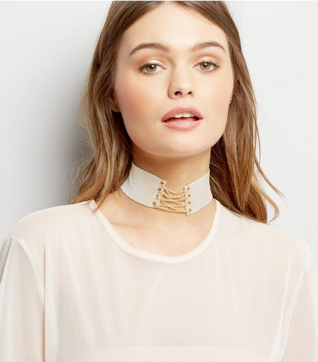 Cream Velvet Lace Up Choker | New Look