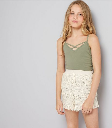 Teens Cream Crochet Lace Shorts | New Look
