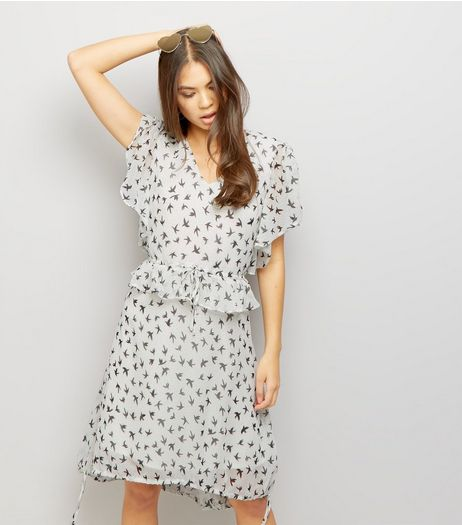 Anita and Green White Bird Print Tie Waist Dress | New Look