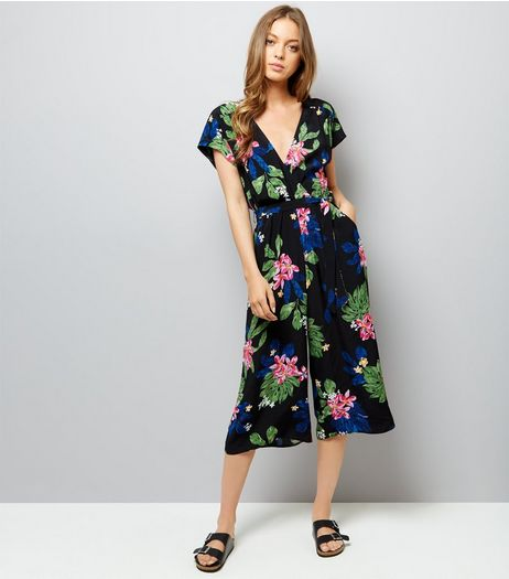 Black Floral Print Tie Waist Jumpsuit | New Look