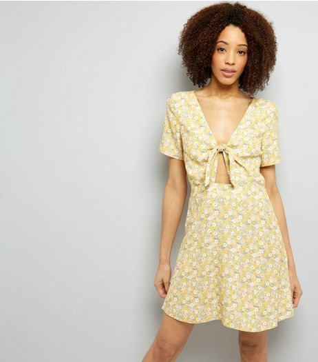 Yellow Ditsy Floral Print Tie Front Skater Dress | New Look
