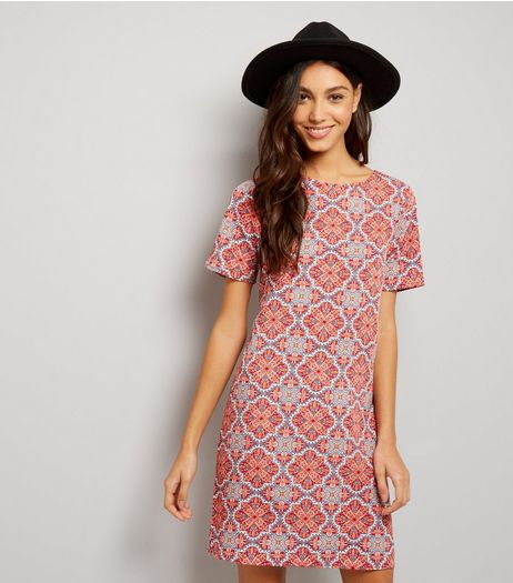 Red Tile Print Short Sleeve Tunic  | New Look