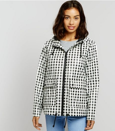 Petite Black Gingham Anorak | New Look