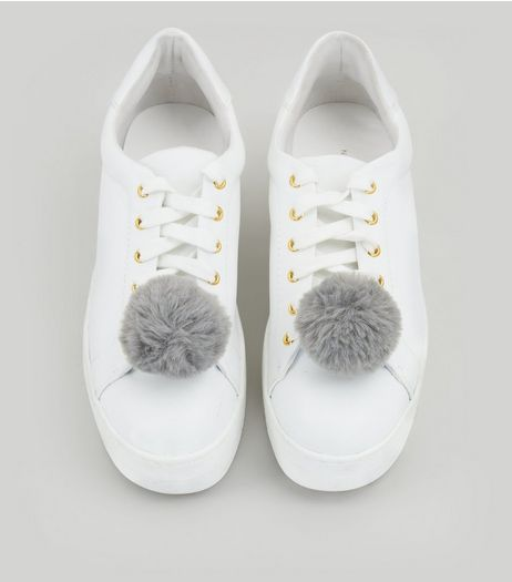 Grey Pom Pom Shoe Clips | New Look