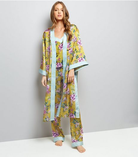 Yellow Sateen Floral Print Kimono Robe | New Look