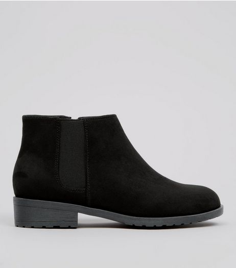Teens Black Suedette Low Heel Chelsea Boots | New Look