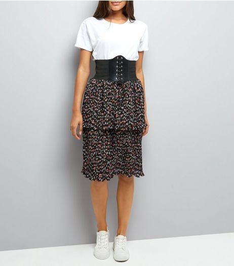 Black Floral Print Tiered Midi Skirt  | New Look
