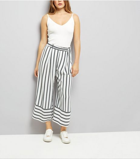 White Tie Waist Stripe Cropped Trousers | New Look