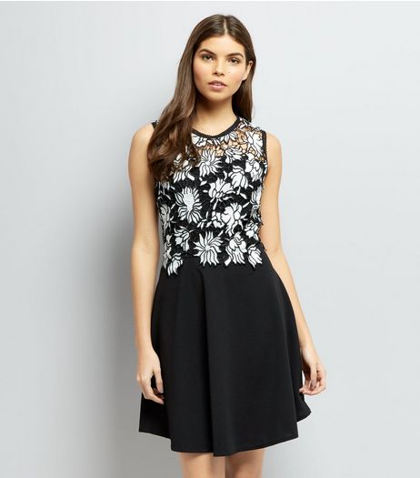 Mela Black Floral Lace Contrast Dress | New Look