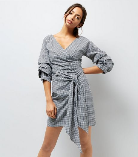 Black Gingham Ruched Sleeve Wrap Dress | New Look