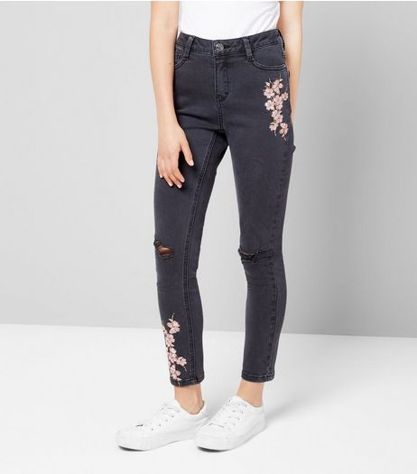 Teens Black Floral Embroidered Skinny Jeans | New Look