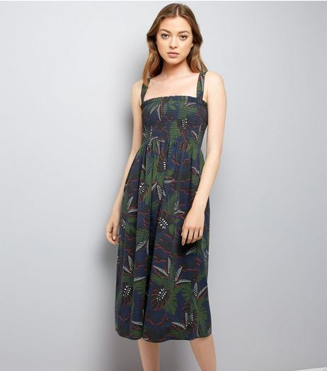 Green Tropical Print Shirred Midi Dress | New Look