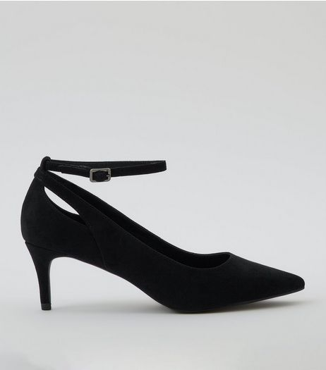 Black Suedette Kitten Heel Pointed Court Shoes | New Look