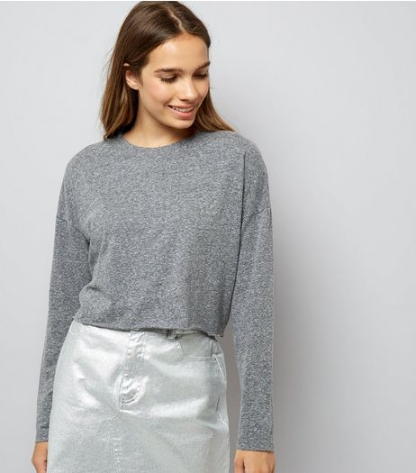 Grey Raw Hem Long Sleeve Crop Top | New Look