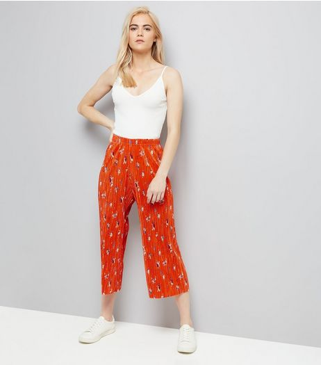 Red Floral Print Pleated Culottes | New Look