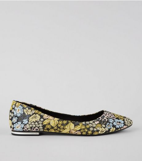 Black Floral Brocade Metal Heel Pointed Pumps | New Look