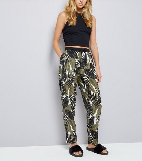 Green Palm Tree Print Joggers | New Look