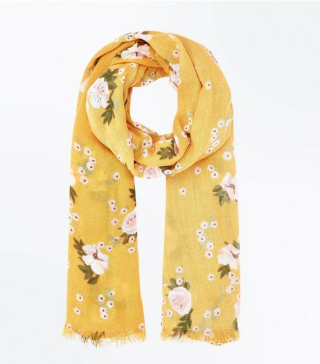 Yellow Rose Print Scarf | New Look