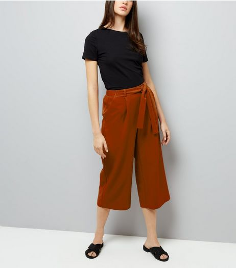 Brown Crepe Tie Waist Cropped Trousers | New Look