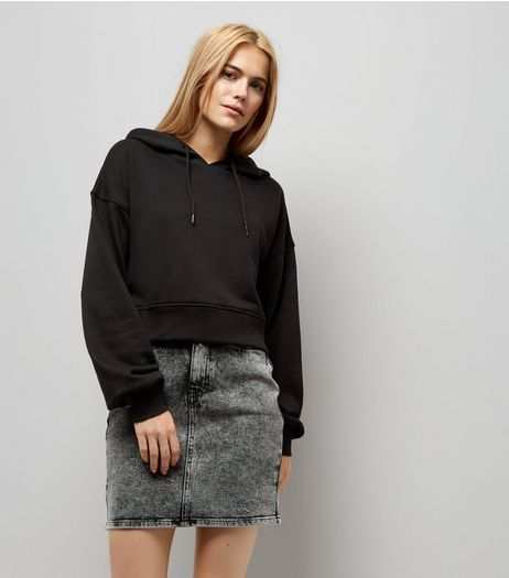 Black Balloon Sleeve Cropped Hoodie | New Look
