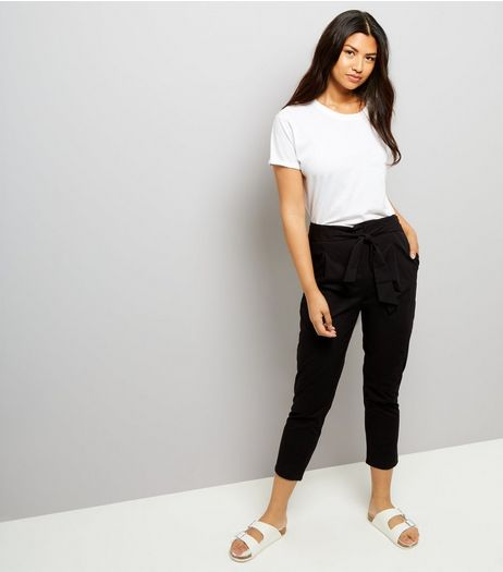 Black Cropped Trousers  | New Look