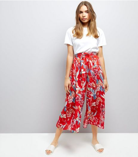Red Floral Print Wide Leg Cropped Trousers  | New Look