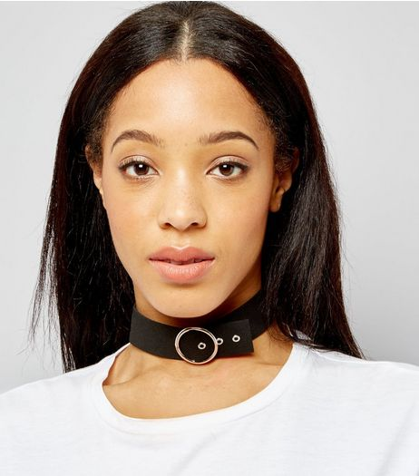 Black Suede Belt Buckle Choker | New Look