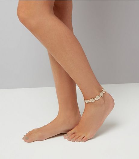 Gold Metallic Floral Anklet  | New Look