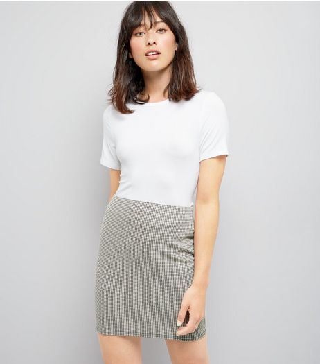 Black Dogtooth Mini Tube Skirt | New Look