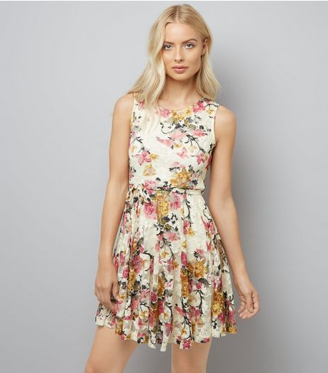 Mela Cream Floral Print Lace Dress | New Look