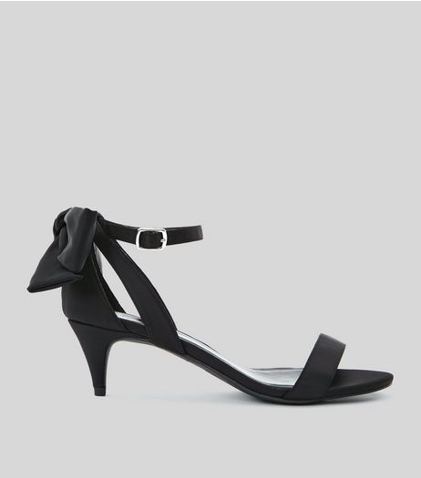 Wide Fit Black Satin Bow Back Kitten Heel Sandals | New Look