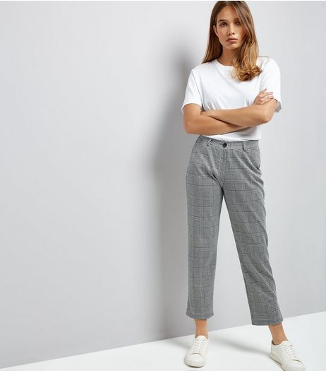 Innocence Black Check Cropped Trousers | New Look